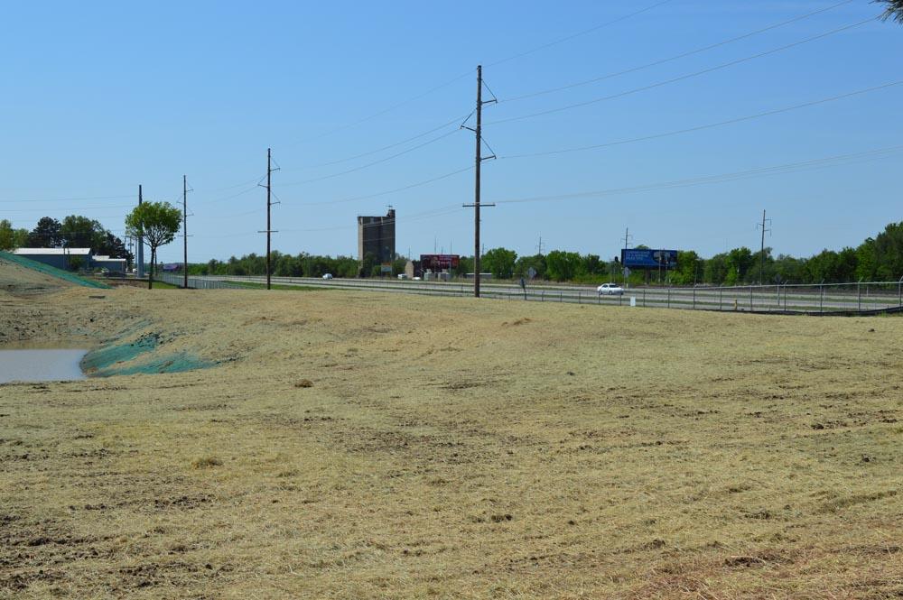 Hay Mulching In Wichita Ks Spirit Aerosystems Short Term